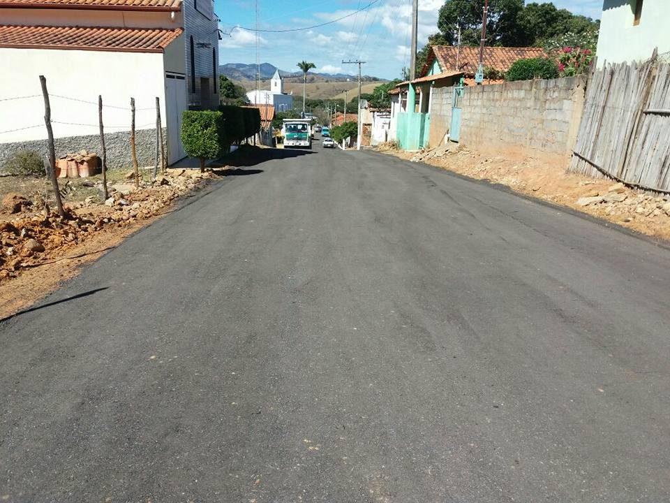 fim do asfaltamento da comunidade de dom silvério 6